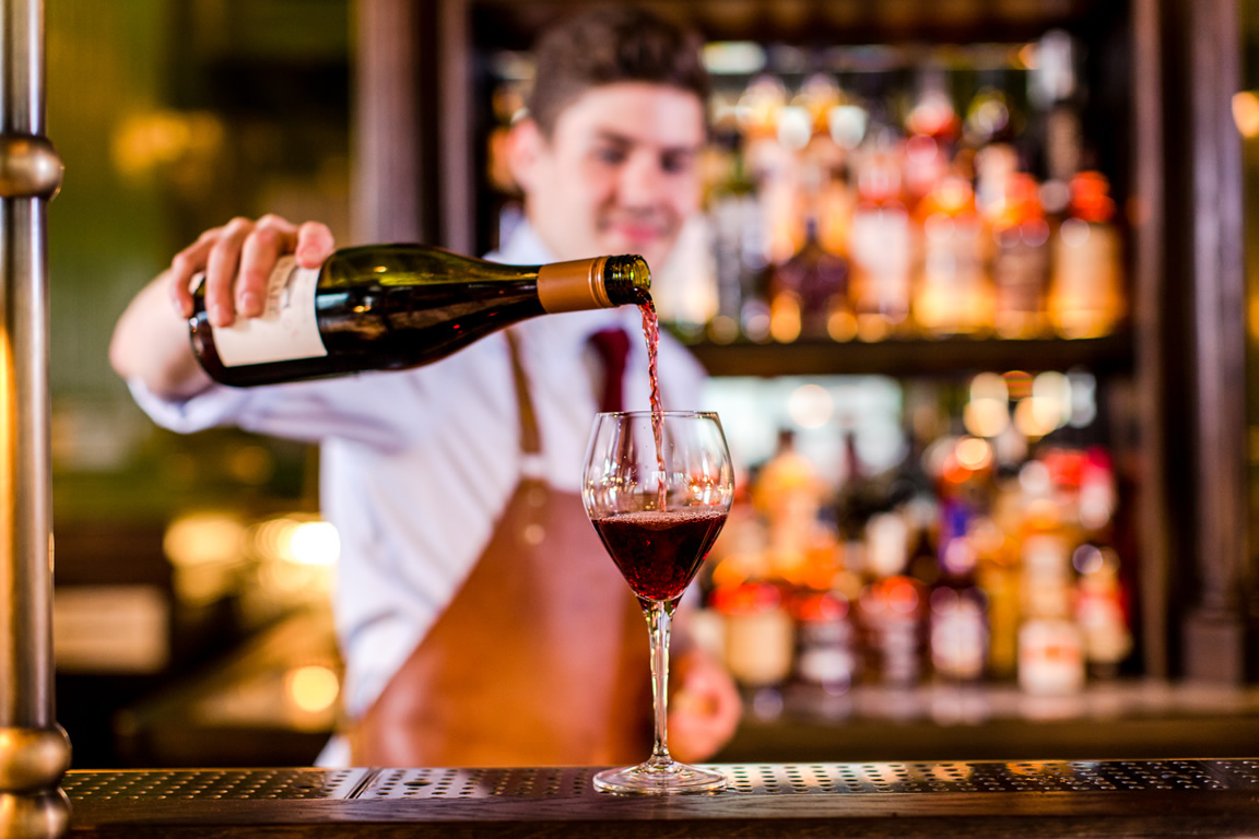 the-wigmore-pub-fooddrinks-wine